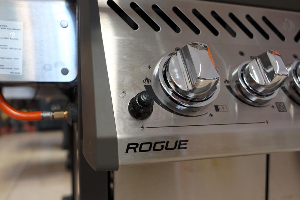 napoleon rogue r425sib il mondo del barbecue blog. Black Bedroom Furniture Sets. Home Design Ideas